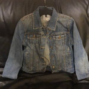 Old Navy Blue Jean Jacket with pockets!